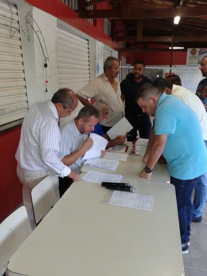 Moradores do Loteamento Santa Fé regularizam situação das propriedades