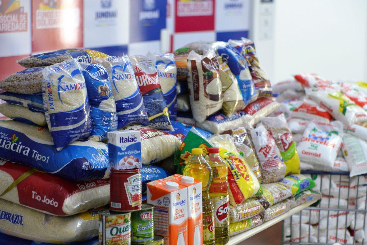 30f63c2b3 Campanha permanente do Fundo Social arrecada alimentos não perecíveis