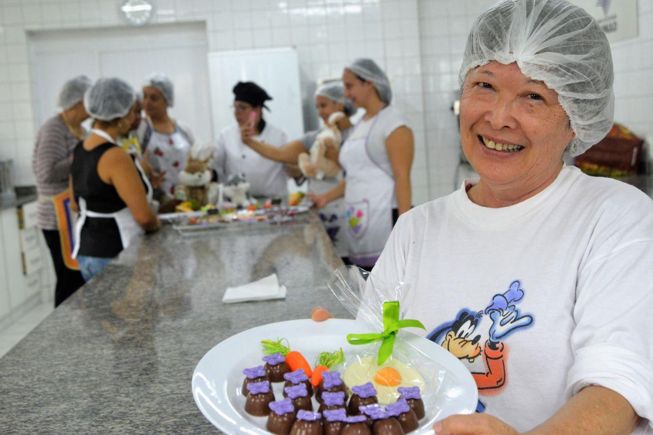 Aluna do Funss apresenta prato elaborado no Funss