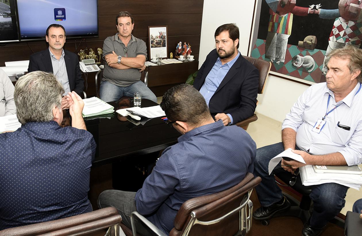Prefeito Luiz Fernando recebe representantes da CPFL em seu gabinete
