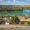 Foto aérea da sede da DAE e da represa