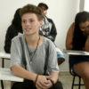 Sala de aula, com alunos sentados