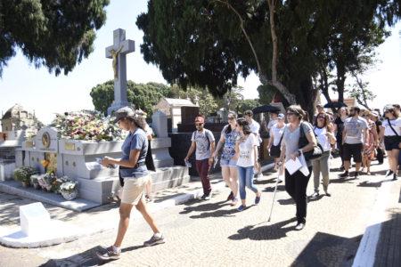 Juliana Corrêa (ao centro, de camiseta branca) gostou muito do Memórias Póstumas da Cidade deste domingo (27)