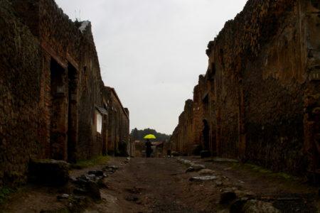 Foto de ruínas de sítio arqueológico
