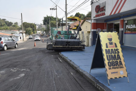 Máquinas ficam prontas para iniciar o recape na Av. Dr. Antenor Soares Gandra