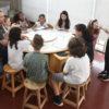 Gestor Marcelo Peroni orientou crianças na hora da apresentação das ideias