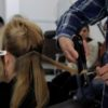 Aula de assistente de cabeleireiro
