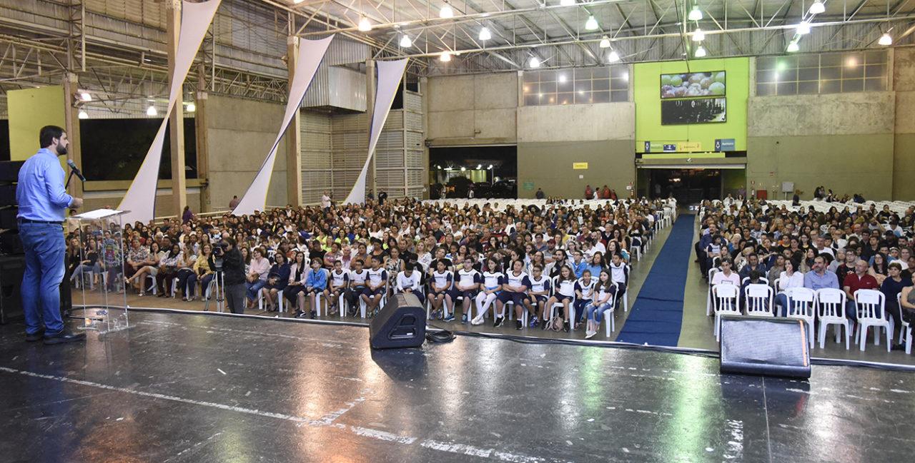 Pais e professores prestigiaram o evento no Parque da Uva