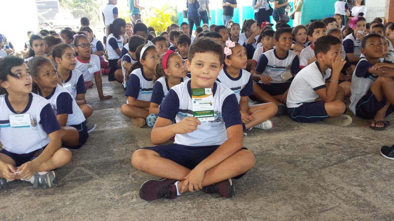 Davi Alves Silva se orgulha de ser um agente ambiental mirim