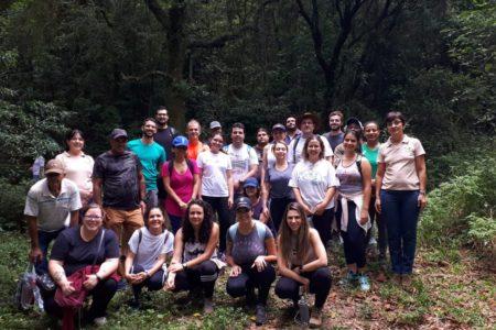 Professores, alunos e pesquisadores fizeram visita técnica à Serra do Japi no dia 27