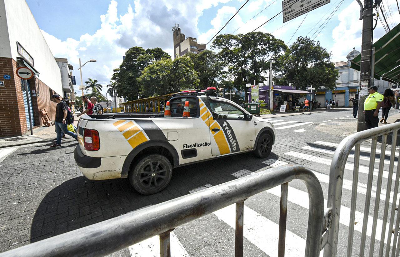 Ação de trânsito da prefeitura vai facilitar o acesso do folião aos locais de desfiles dos blocos e das escolas de samba
