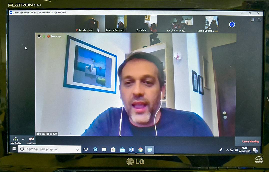 Gestor Marcelo Peroni comandou videoconferência com 22 meninos e meninas do Comitê das Crianças
