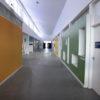 Prédio da escola tem sete salas para atividades e duas de berçário, além de fraldário e lactário