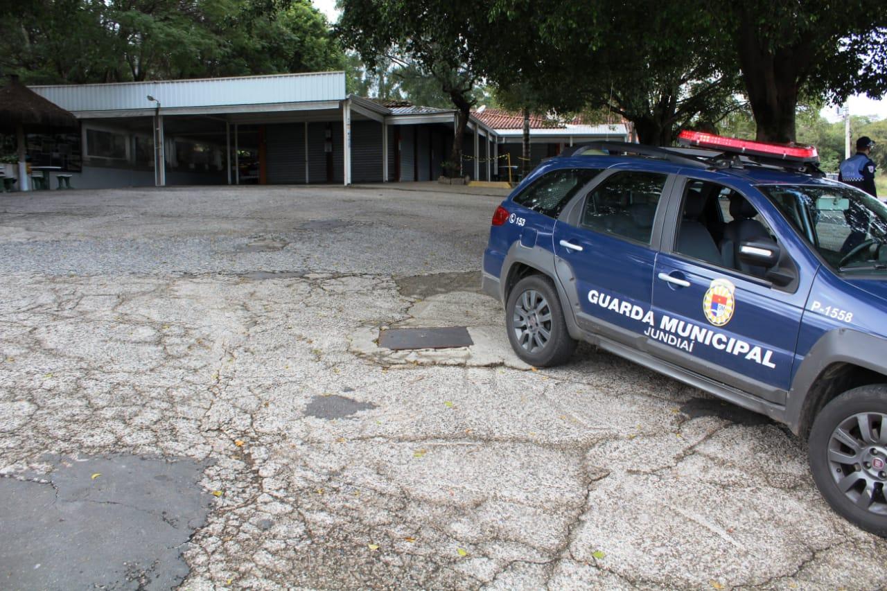Equipes da Guarda Municipal realizam ação em ponto de encontro próximo à rodovia Tancredo Neves