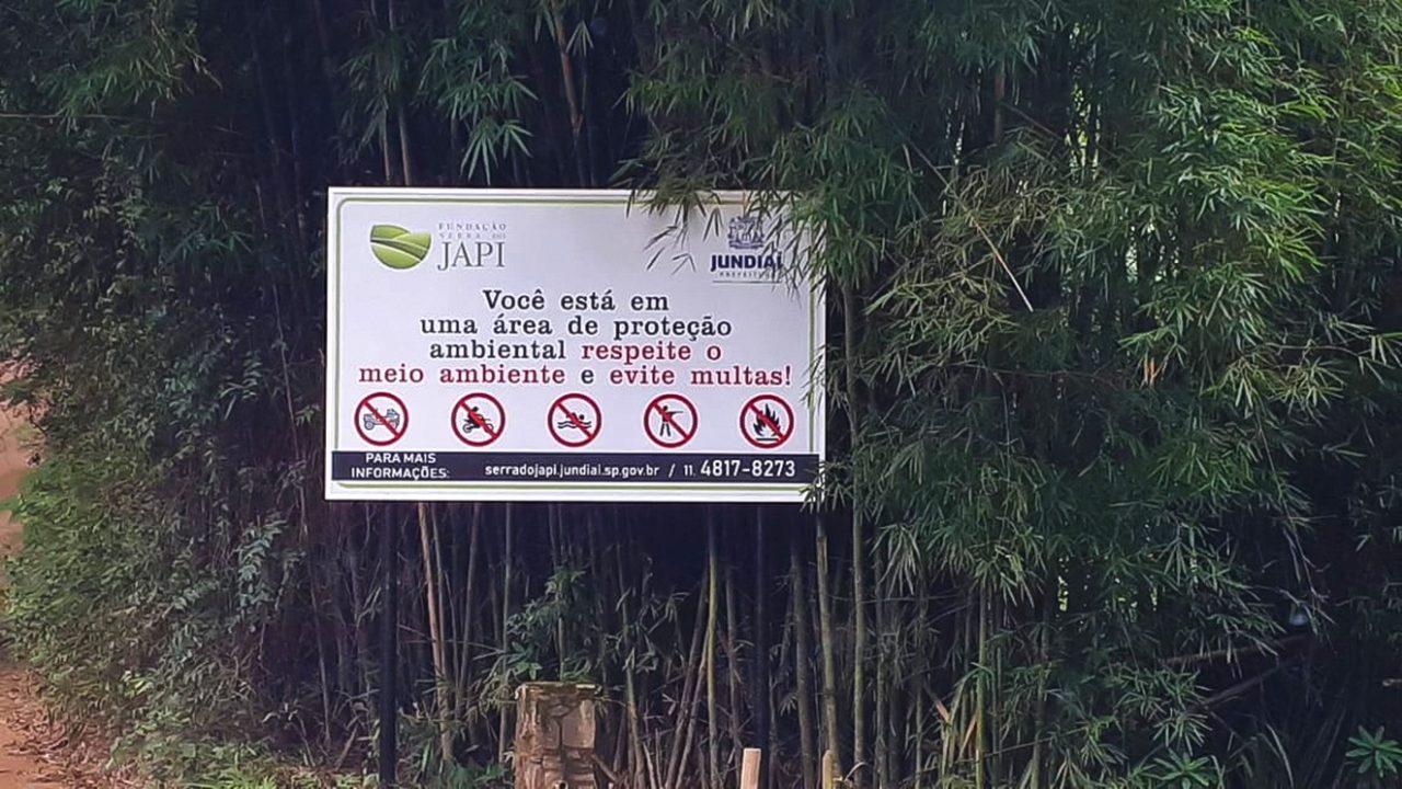 Fundação Serra do Japi colocou várias placas de orientação para conscientizar os visitantes