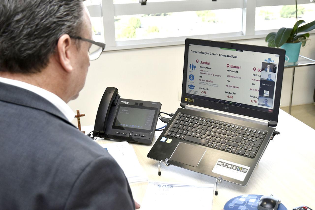 José Antonio Parimoschi participa de reunião on-line