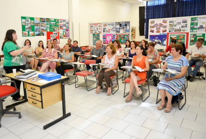 highlightcentrodelinguas, educação